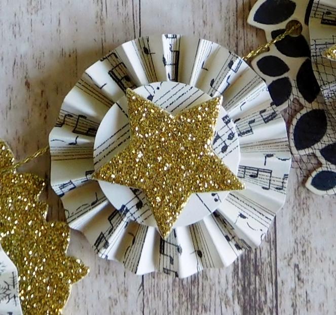 Little Paper Party, Mini Christmas Banner, small rosette
