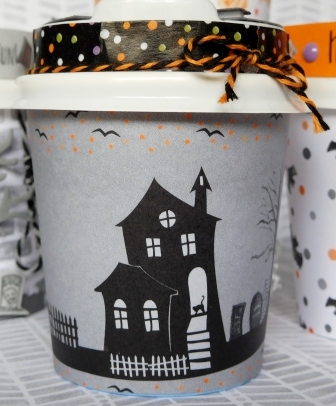 Little Paper Party, Mini Halloween Coffee Cup, close up3