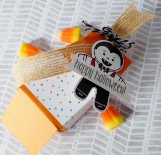 little-paper-party-cookie-cutter-halloween-mini-milk-cartonbottom-opening2