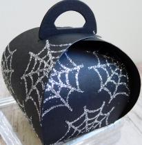 little-paper-party-curvy-keepsake-halloween-spider-web-2