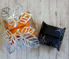 little-paper-party-curvy-keepsake-halloween-top-view
