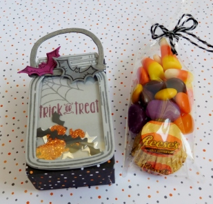 little-paper-party-spooky-fun-jar-of-love-mini-halloween-bag-contents