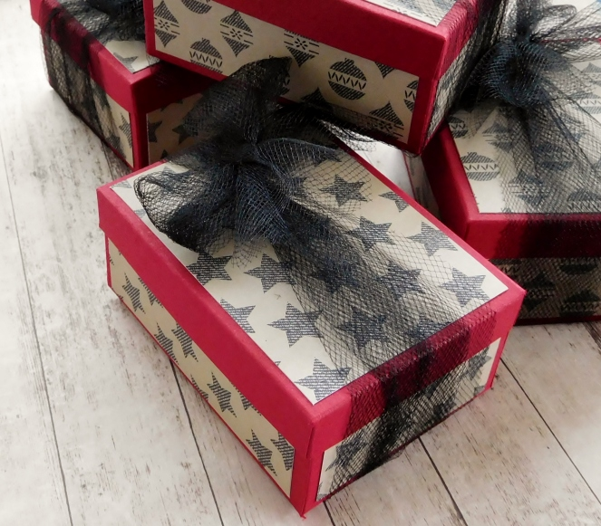 little-paper-party-christmas-box-warmth-and-cheer-dsp-group