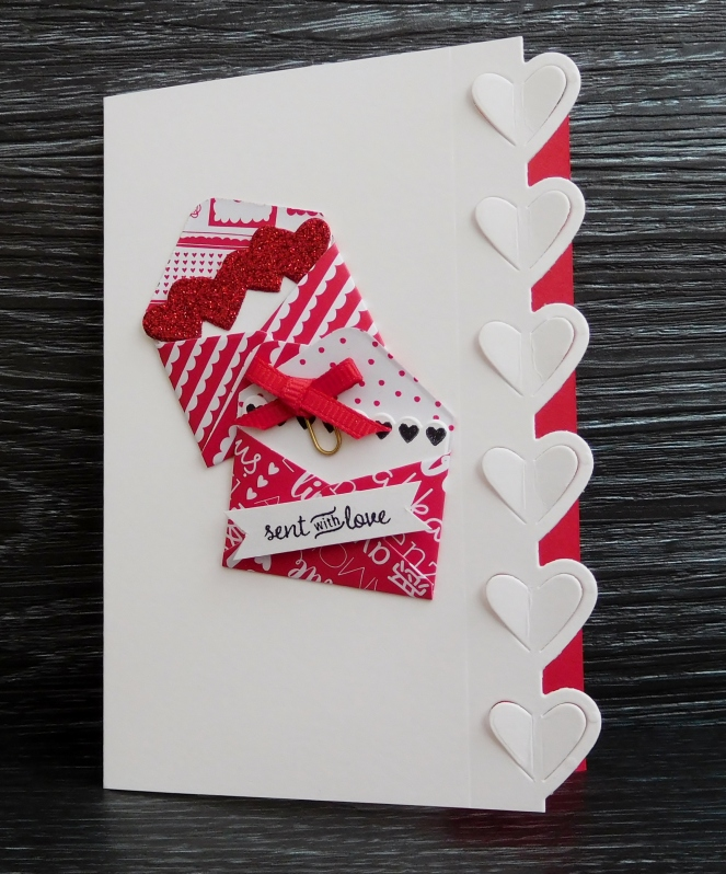 little-paper-party-sealed-with-love-notecard-free-card-kit